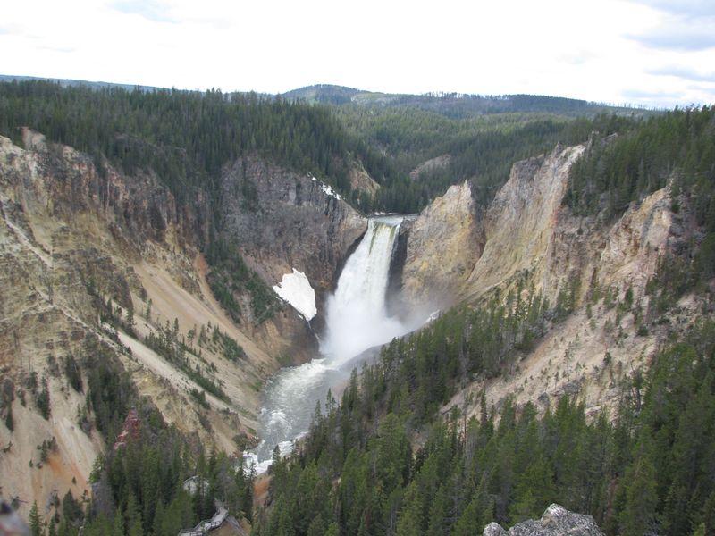 Canyonwaterfall